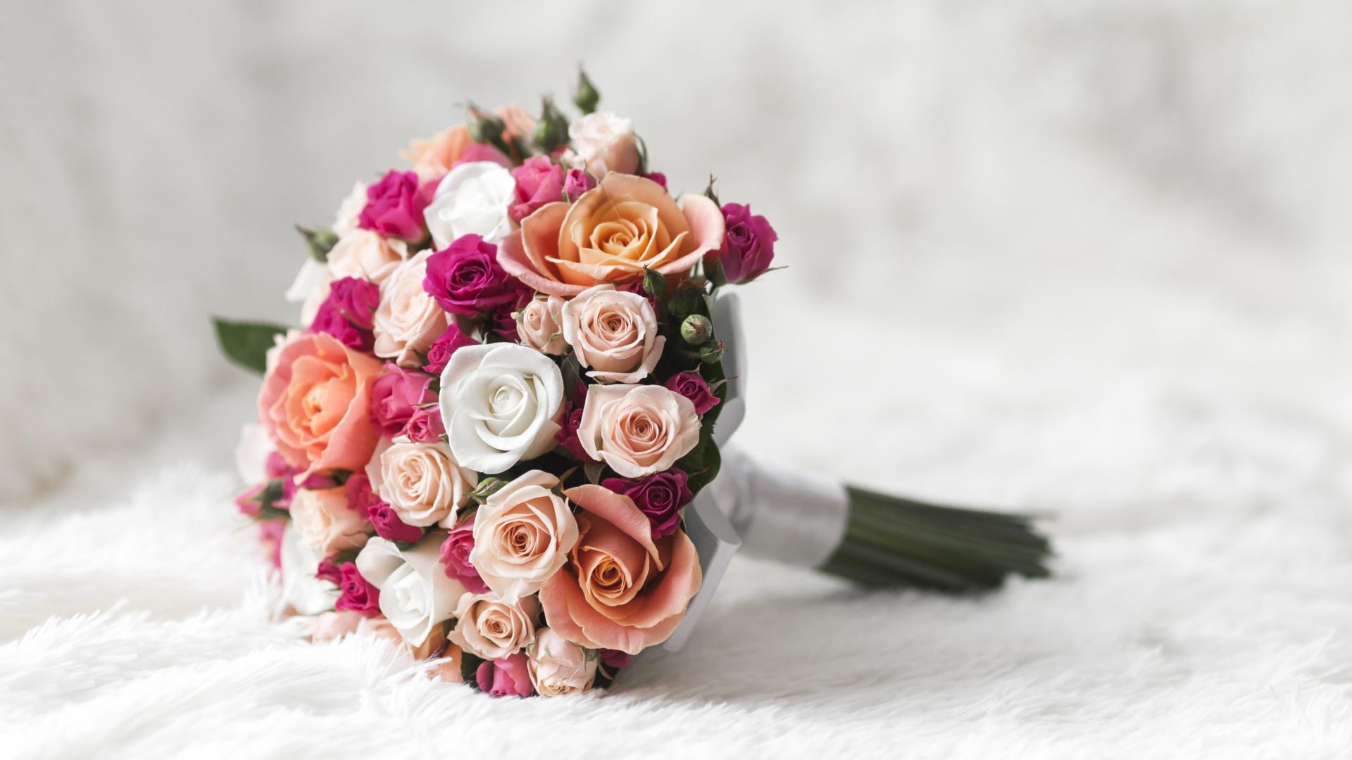 Bouquet Sposa Quali Fiori Scegliere.Fiori Per Un Matrimonio In Estate Quali Scegliere La Fenice